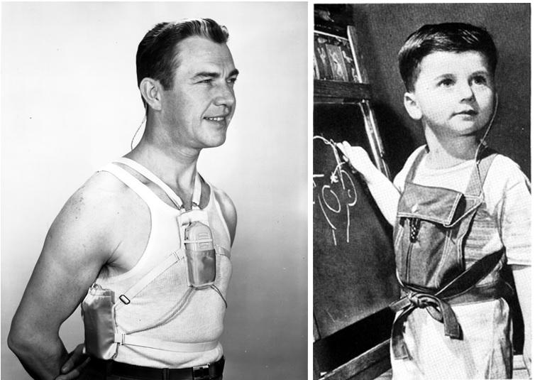 سمعکهای قدیم آنقدر بزرگ بوده و قطعات زیادی داشت که فرد باید آنها را روی جلیقهی خاصی قرار میداد و سپس آن جلیقه را با بندهای مختلف میپوشید. به همین علت، به این نوع سمعکها، سمعک های بدنی (Body Worn Hearing Aids) گفته میشد که بعدها کوچکتر شدند و چون درون جیب قرار میگرفتند به آنها سمعکهای جیبی (Pocket Hearing Aids) گفته میشد.