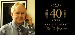 پروفسور دیوید کمپ، فیزیکدان و استاد دانشگاه UCL انگلستان که در دههی 1970 میلادی برای اولین بار OAE را کشف کرد.